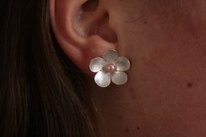 FLOWER örhängen